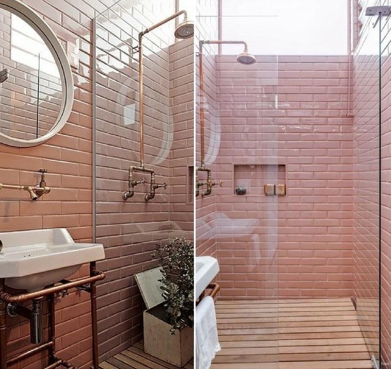 Salle de bain metro rose