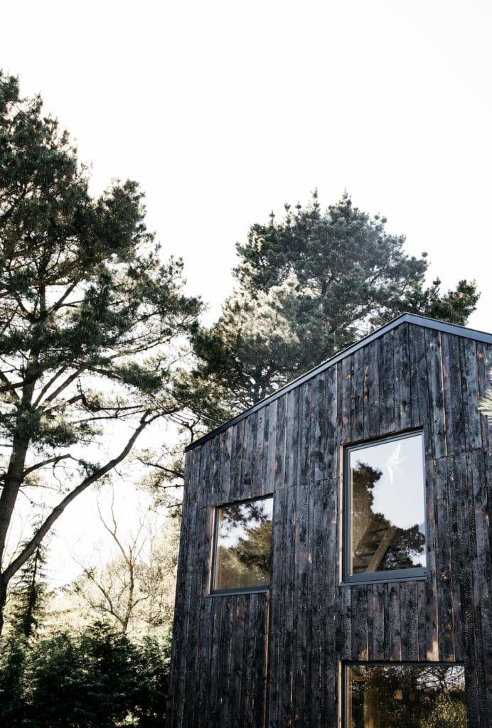 Chez Aurélie Lécuyer - Atelier Ordinaire - Maison bois noir