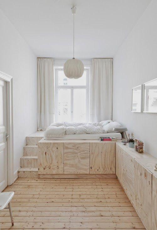 Chambre à coucher avec rangement sur mesure en multiplex