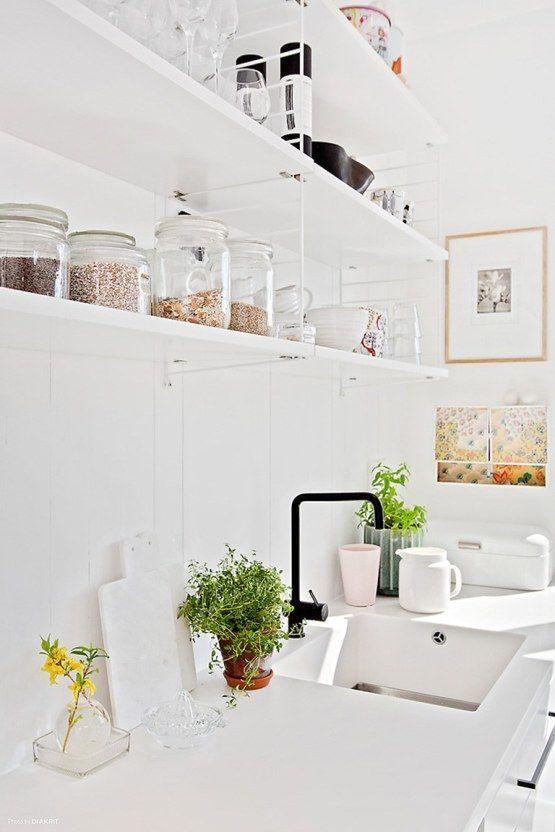 white-string-kitchen