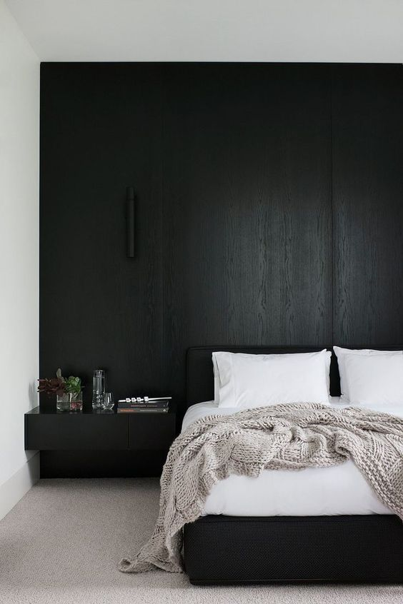 lessismore-interieur-black-wood-bedhead