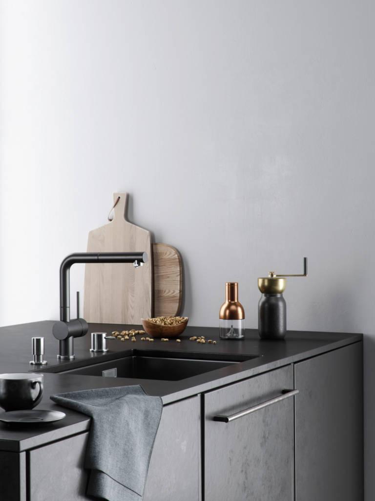 black kitchen details
