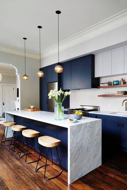 LM Interieur - cuisine bleue et marbre