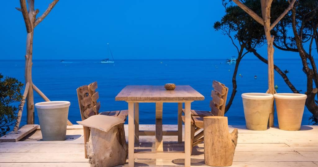 LM-Interieur-hotel-de-reve-Misincu-terrasse-restaurant