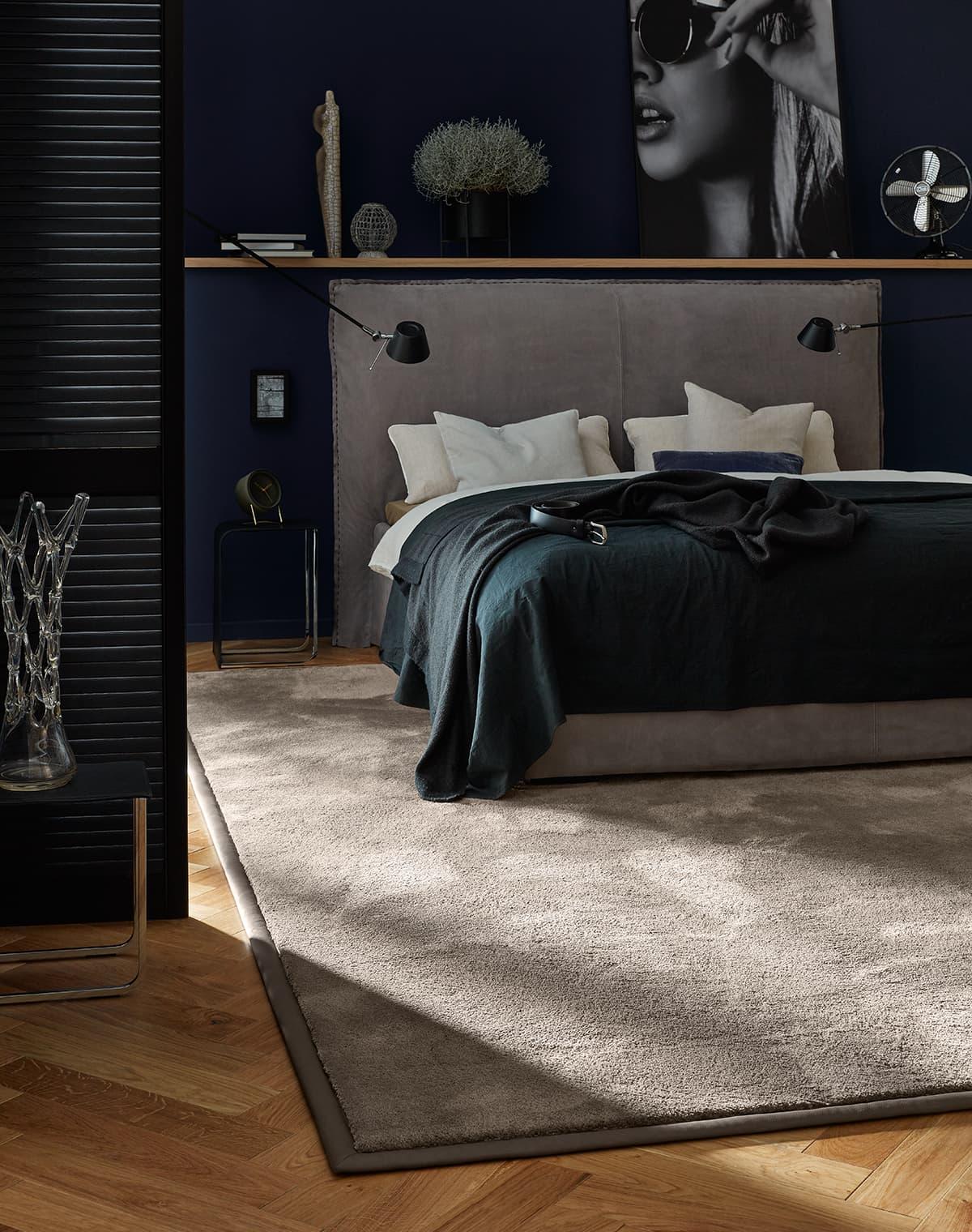 tapis-doux-gris-brun-chambre-arha-studio