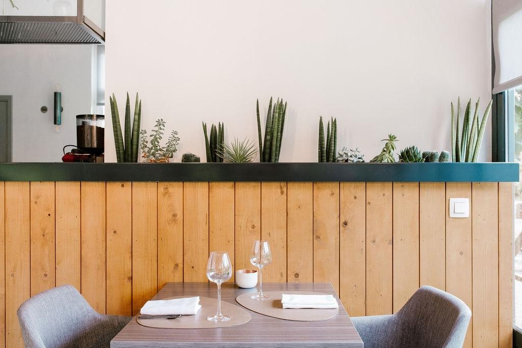 o-de-source-renovation-restaurant-arha-studio